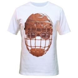 Белая футболка деревянный хоккейный шлем