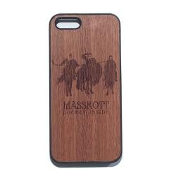 Деревянный чехол для iPhone с гравировкой три хоккейных богатыря