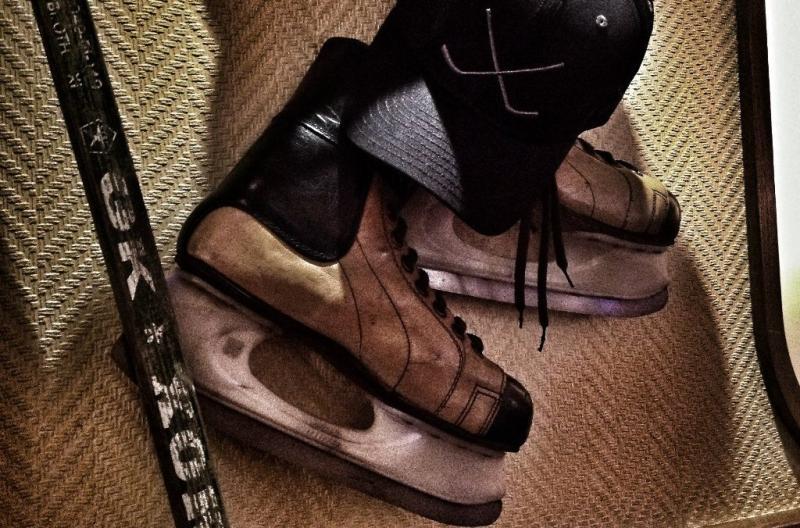 Винтажные ретро хоккейные коньки