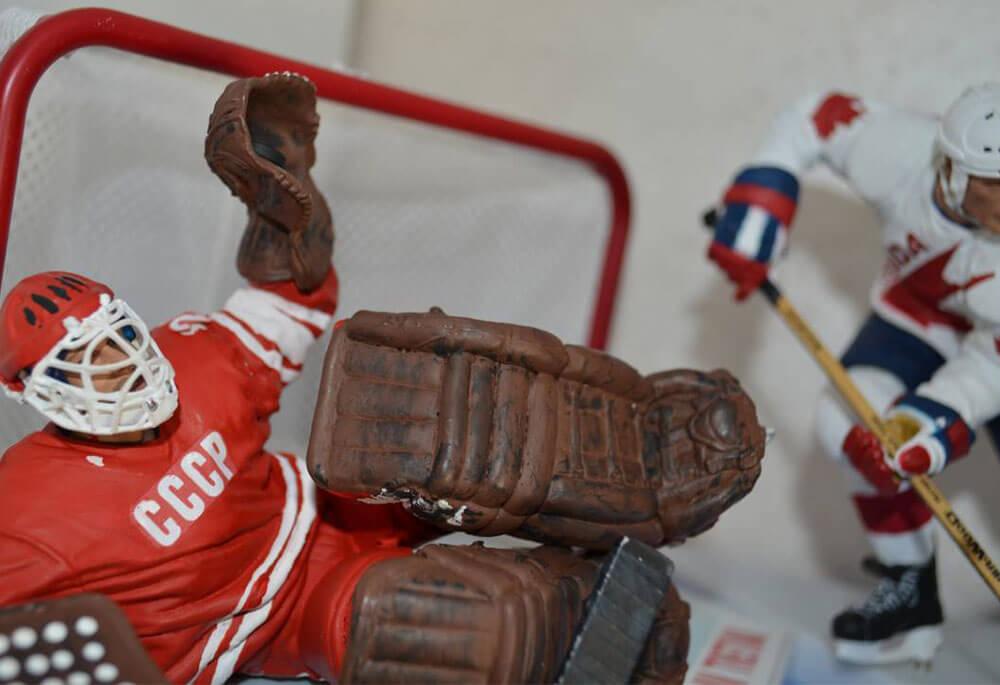 Фигурки хоккеистов