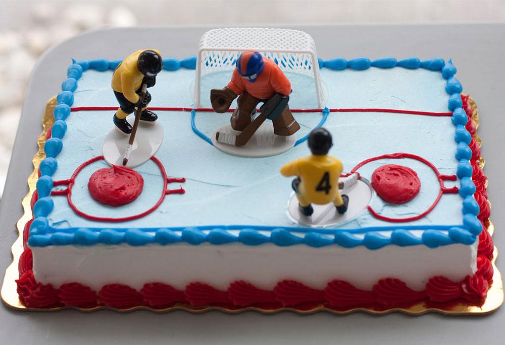 Хоккейный праздничный торт